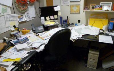 Los beneficios de la organización en la oficina.