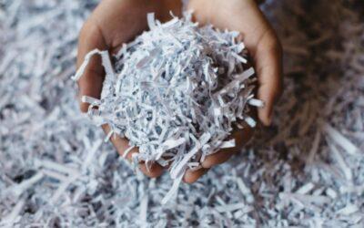 Papel reciclado. Una segunda oportunidad para hacer las cosas mejor.